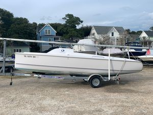 Used Hunter 216 Daysailer Sailboat For Sale