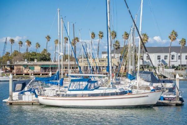 Used Cal 46 Cruiser Sailboat For Sale