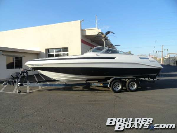 Used Cobalt Boats 243 Condurre Cuddy Cabin Boat For Sale