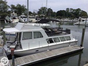 Used Pacemaker 35 House Boat For Sale