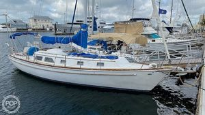Used Gulfstar 37 Racer and Cruiser Sailboat For Sale