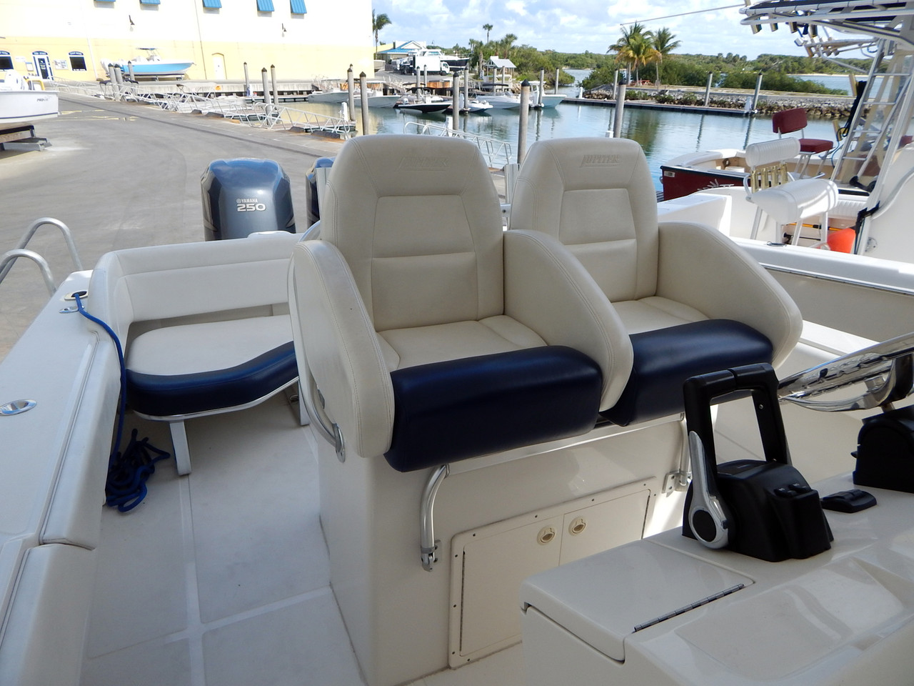 Center Console Boat Helm Seats Bing Images