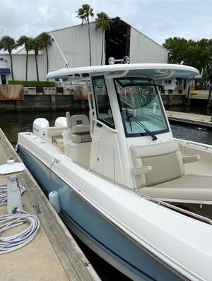Used Boston Whaler 280 Outage Saltwater Fishing Boat For Sale