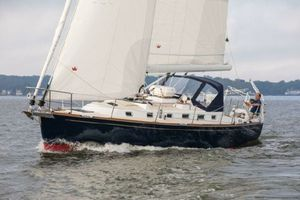 Used Tartan 395 Cruiser Sailboat For Sale