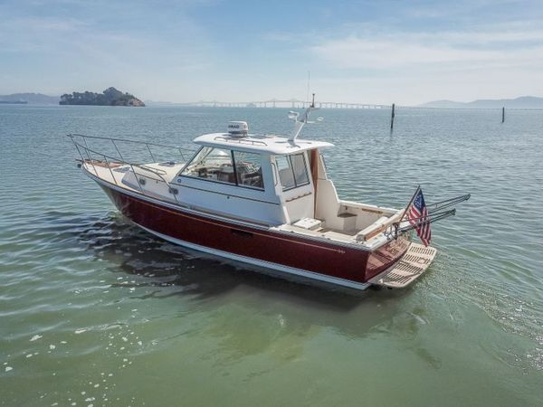 Used Hunt Yachts Surfhunter 33 Motor Yacht For Sale