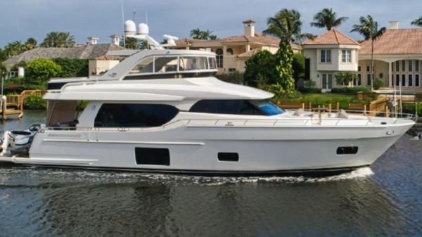 Used Ocean Alexander 70e Motor Yacht For Sale