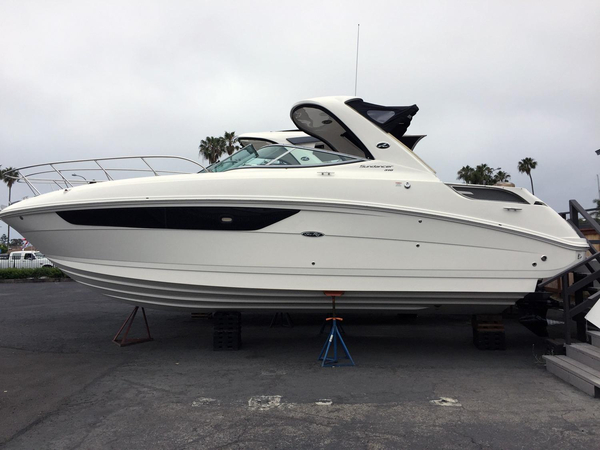 New Sea Ray 310 Sundancer Cruiser Boat For Sale