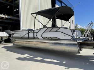 Used Crest 250SLS LX Pontoon Boat For Sale