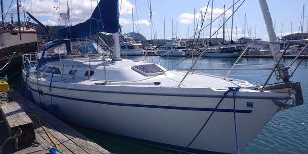 Used Catalina MKII Sloop Sailboat For Sale