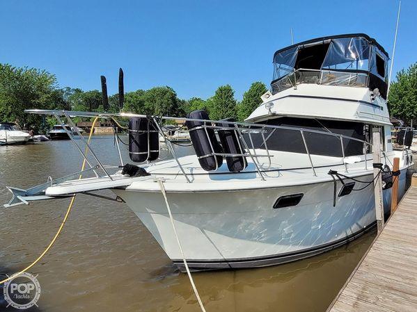 Used Carver 3207 Aft Cabin Boat For Sale