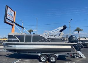 Used Sylvan L1 DLZ Pontoon Boat For Sale