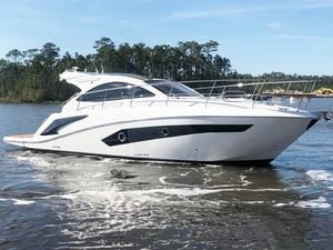 Used Evolve 360 Hard Top Express Cruiser Boat For Sale