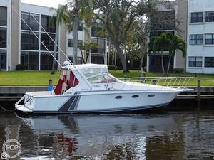 Used Trojan 10M 330 Sport Express Cruiser Boat For Sale