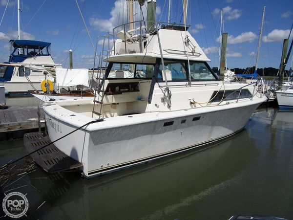 Used Chris-Craft CATALINA 310 EXPRESS Sports Fishing Boat For Sale