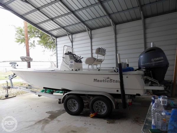 Used Nauticstar 215 XTS Shallow Bay Center Console Fishing Boat For Sale