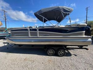 New Premier 230 Solaris RE Pontoon Boat For Sale