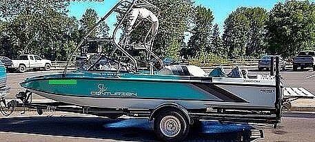 Used Ski Centurion Falcon Ski and Wakeboard Boat For Sale