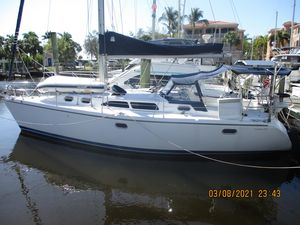 Used Catalina 350 MKI Sloop Sailboat For Sale