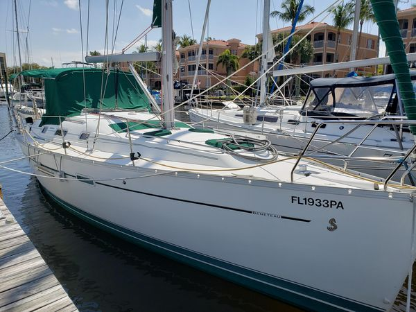 Used Beneteau 343 Sloop Sailboat For Sale