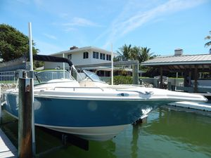 Used Key West 225 DFS Bowrider Boat For Sale