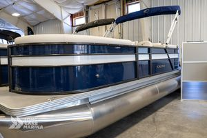 New Crest Classic LX 220 SLC Pontoon Boat For Sale