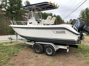 Used Boston Whaler 21 Outrage Ski and Fish Boat For Sale