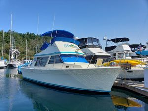 Used Tollycraft Flybridge Sedan Cruiser Boat For Sale
