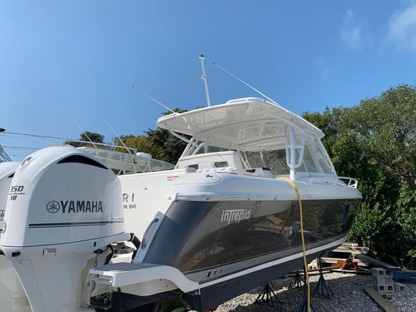 Used Intrepid 40 Cuddy Center Console Fishing Boat For Sale