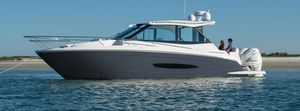 New Regal 36XO Motor Yacht For Sale