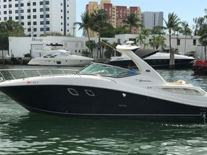 Used Sea Ray 31 Motor Yacht For Sale