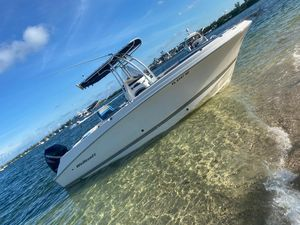 Used Wellcraft Fisherman 26 Center Console Fishing Boat For Sale