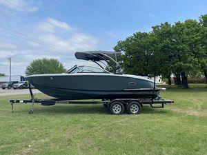Used Cobalt CS23 Surf Bowrider Boat For Sale