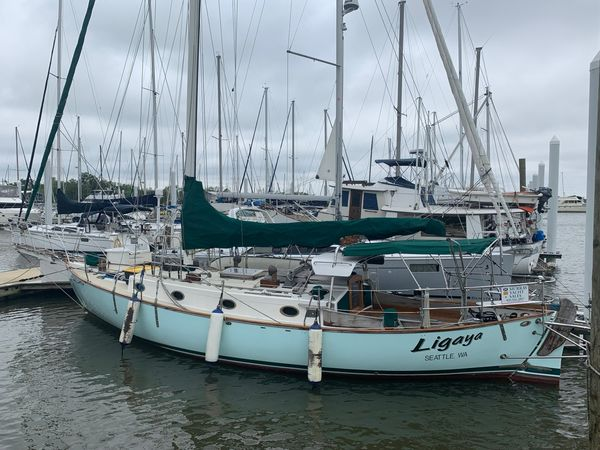 Used Alajuela Yacht Corp. 38 Cruiser Sailboat For Sale