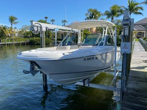 Used Boston Whaler 230 Vantage Bowrider Boat For Sale