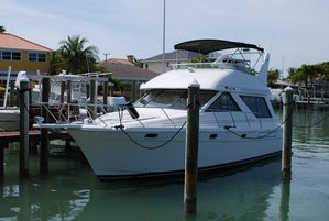 Used Bayliner 3988 Command Bridge Motor Yacht For Sale