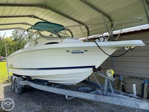 Used Wellcraft 240 Coastal Walkaround Fishing Boat For Sale