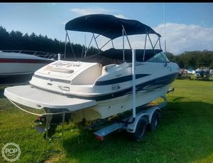 Used Maxum 2400SR Bowrider Boat For Sale