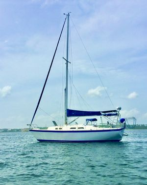 Used Columbia 10.7 S Racer and Cruiser Sailboat For Sale