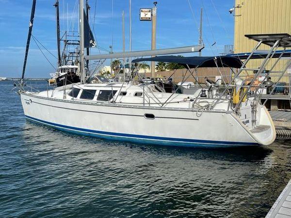Used Jeanneau Deck Salon Sloop Sailboat For Sale