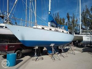 Used Hunter cherubini 33 Racer and Cruiser Sailboat For Sale