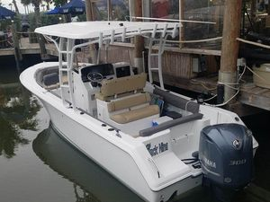 Used Sea Hunt Edge 24 Saltwater Fishing Boat For Sale