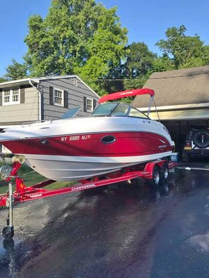 Used Chaparral 225 SSI Cruiser Boat For Sale
