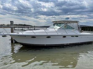 Used Tiara Yachts 3100 LE Sports Fishing Boat For Sale