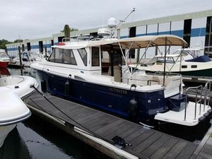 Used Cutwater C-28 Cruiser Boat For Sale