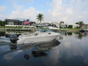 Used Robalo R 265 Walkaround Saltwater Fishing Boat For Sale