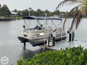 Used Sunchaser 820 Pontoon Boat For Sale