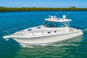 Used Pursuit 385 Offshore Express Cruiser Boat For Sale