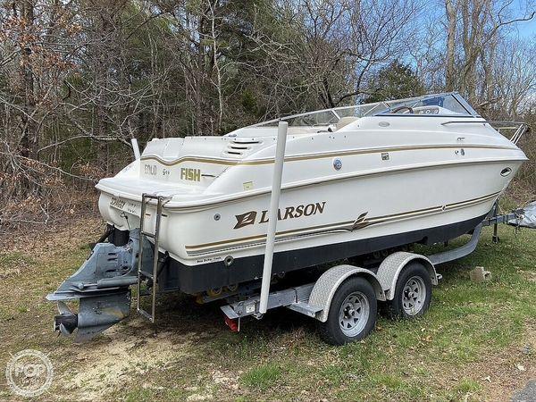 Used Larson 220 Cabrio Walkaround Fishing Boat For Sale
