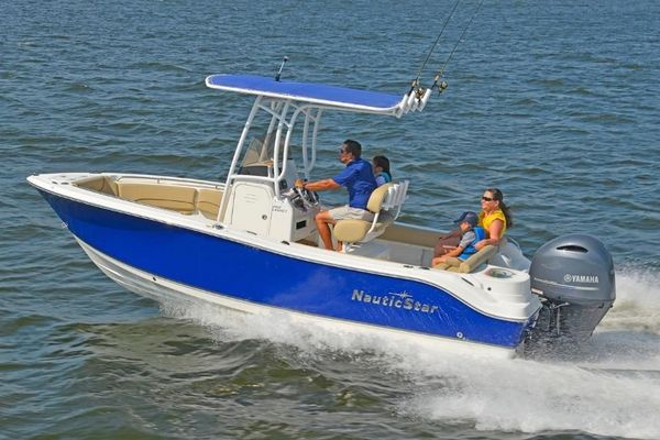 New Nauticstar 2102 Legacy Sports Fishing Boat For Sale
