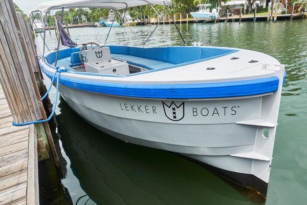 Used Custom Lekker Damsko Center Console Fishing Boat For Sale